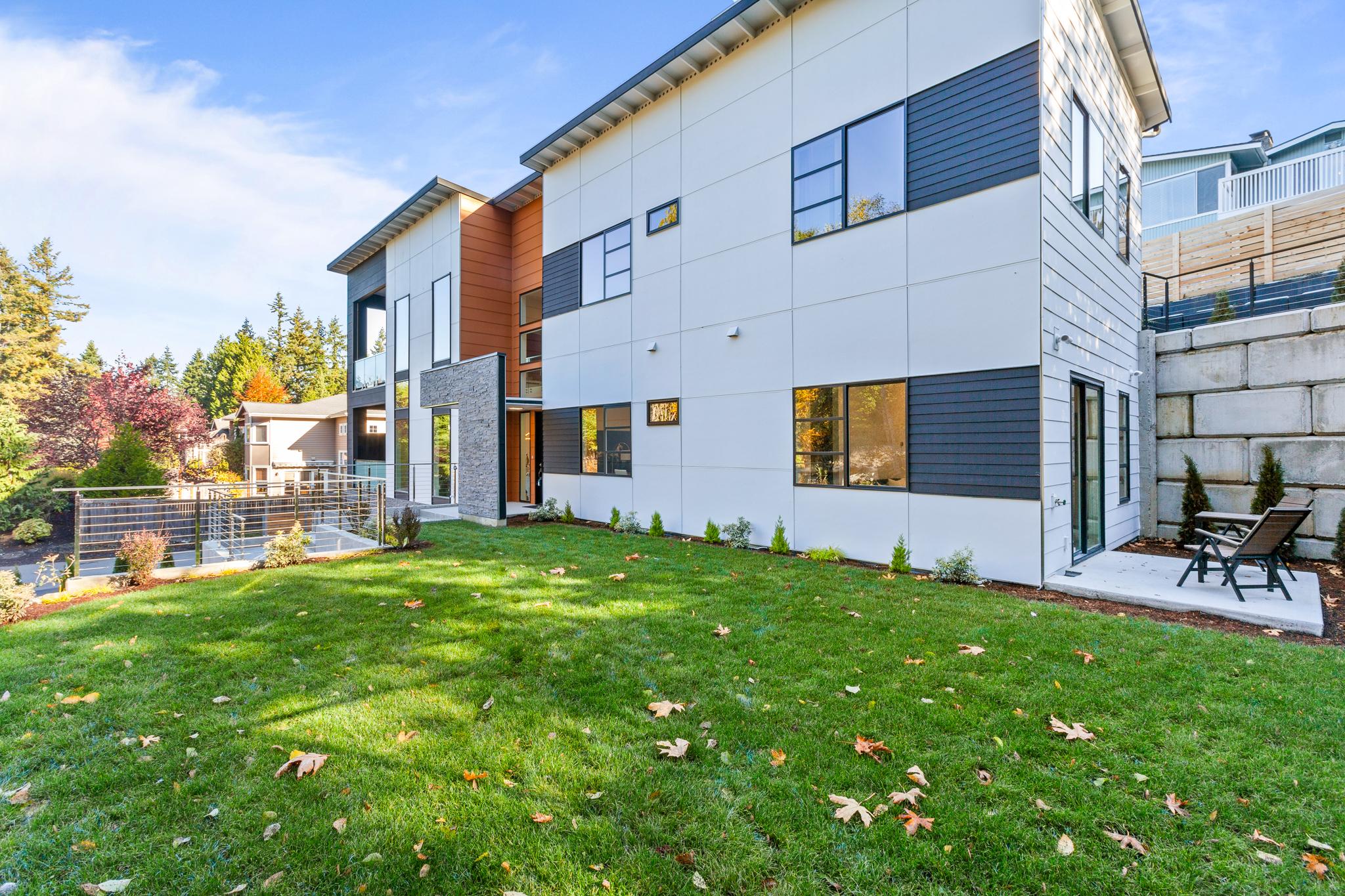 Exterior - Luxury Real Estate - 18109 84th Ave W, Edmonds